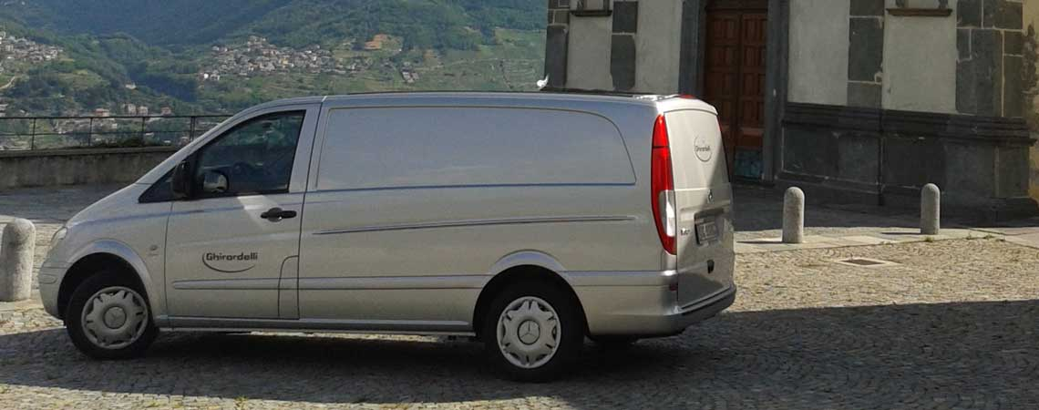 L'affidabilità dei trasporti funebri<br /> è garantita da eleganti autofunebri